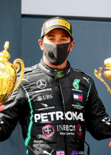 Hamilton bate recorde de Senna com vitória dramática na F1